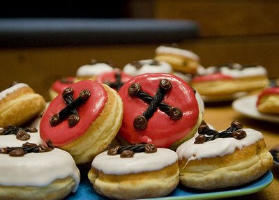 Coraline Button Donuts